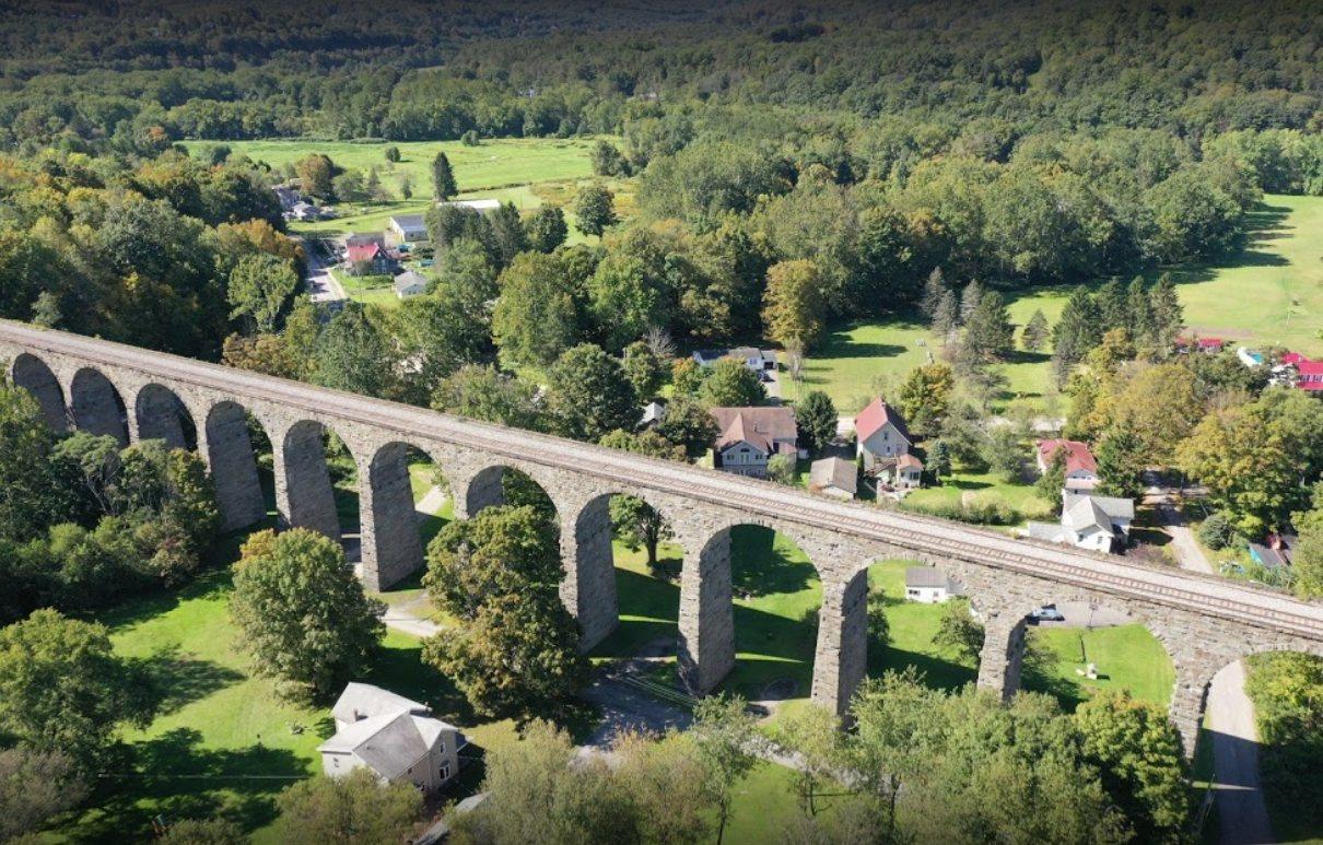 Name:  viaduct.jpg Views: 65 Size:  261.7 KB