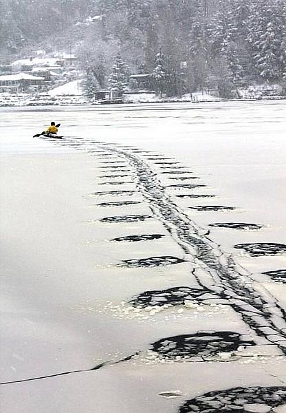 Name:  winterkayaking.jpg Views: 247 Size:  88.0 KB