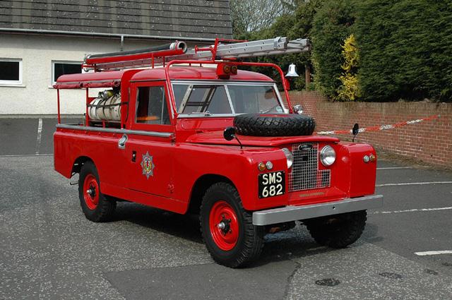 Name:  Land Rover.jpg Views: 215 Size:  167.1 KB