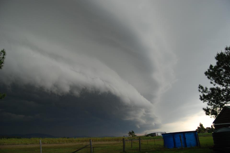 Name:  storm front Oct 2011 JW.jpg Views: 575 Size:  33.6 KB