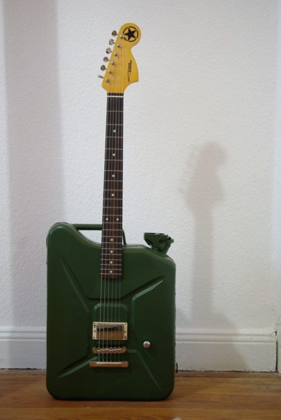 Name:  jerry guitar.jpg