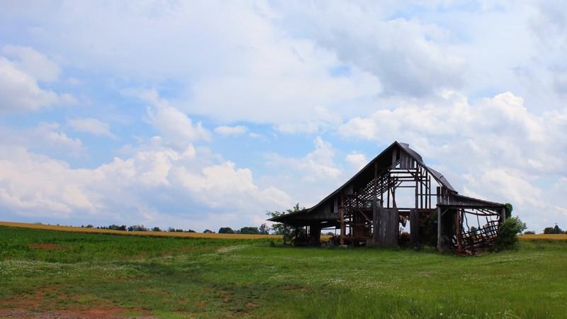 Name:  Barn.jpg Views: 171 Size:  82.9 KB