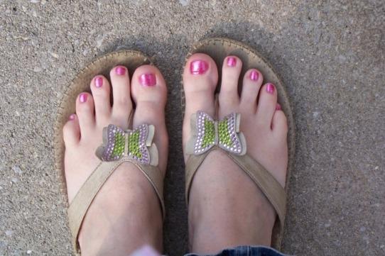 Name:  Feet 1 .jpg Views: 500 Size:  74.9 KB