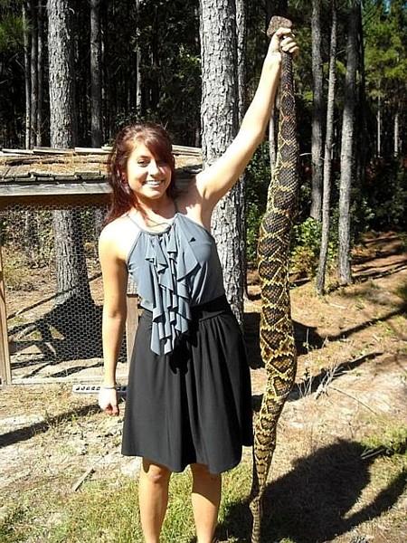 Name:  sixfootrattlesnake.jpg Views: 580 Size:  133.5 KB