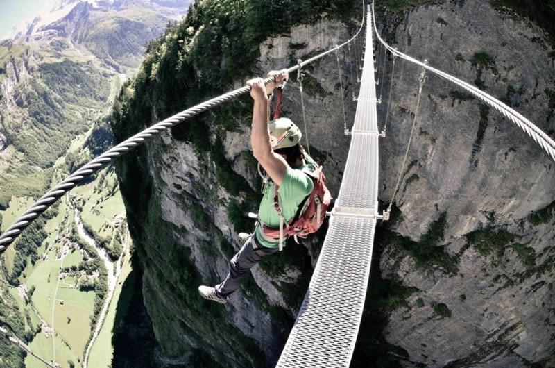 Name:  pedestriancablebridge.jpg Views: 565 Size:  167.2 KB