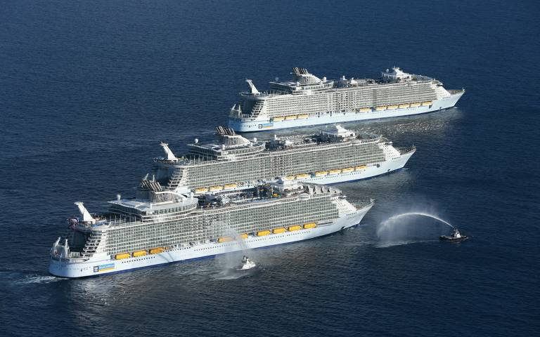 Name:  Oasis of the Seas +2..jpg