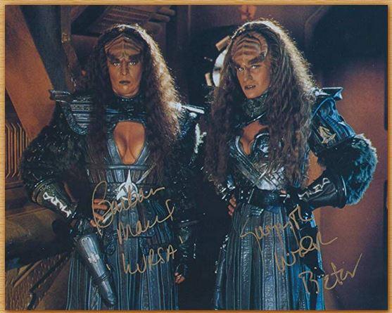 Name:  duras sisters.JPG Views: 24 Size:  59.3 KB