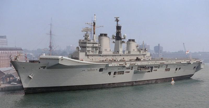 Name:  HMS Illustrious.jpg Views: 565 Size:  67.7 KB