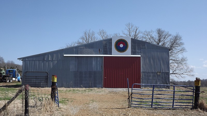 Name:  barn.jpg Views: 201 Size:  131.5 KB