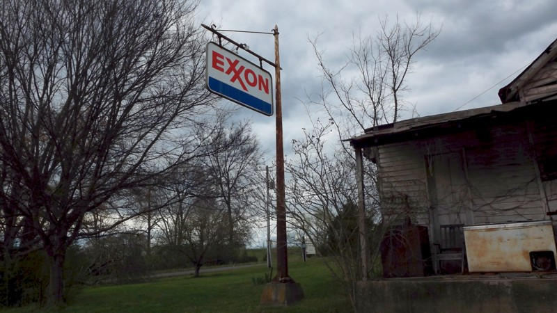 Name:  Old Exxon Sign.jpg
