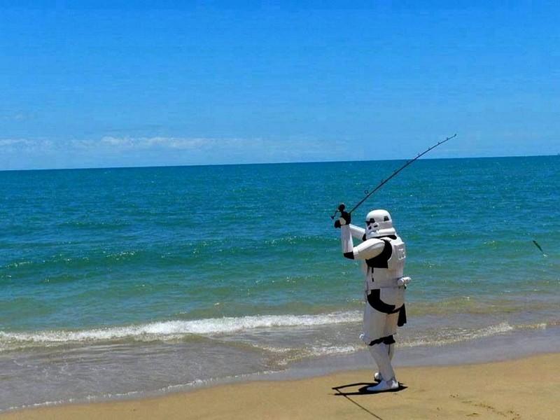 Name:  stormtrooperfishing.jpg Views: 307 Size:  90.8 KB