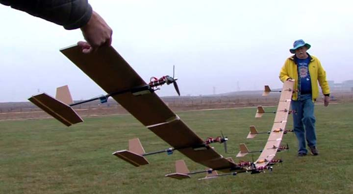 Name:  9planeflexwing.jpg Views: 134 Size:  29.0 KB