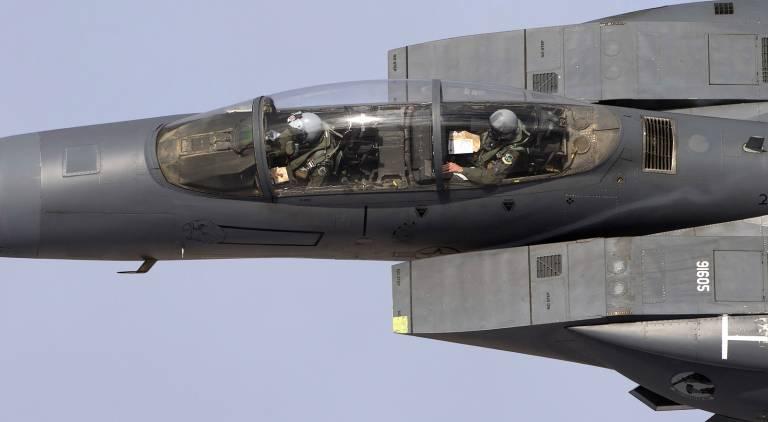 Name:  F-15 Mach Loop.jpg Views: 122 Size:  28.1 KB
