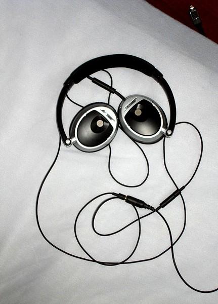 Name:  headphoneface.jpg Views: 189 Size:  66.8 KB