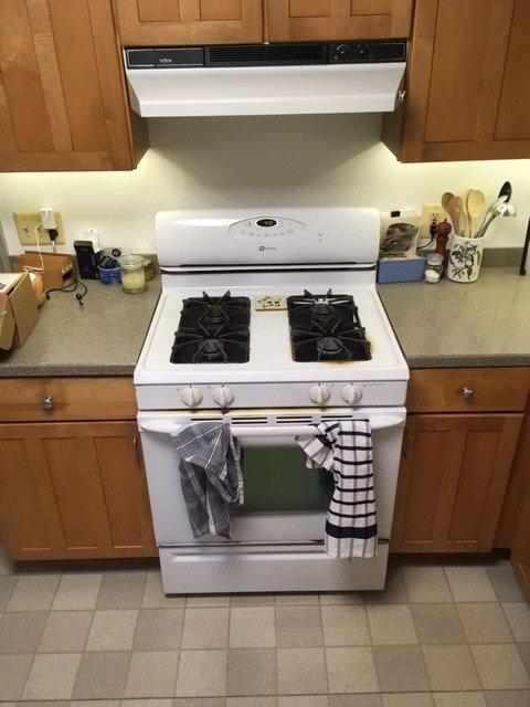 Name:  stove old.jpg Views: 72 Size:  59.7 KB