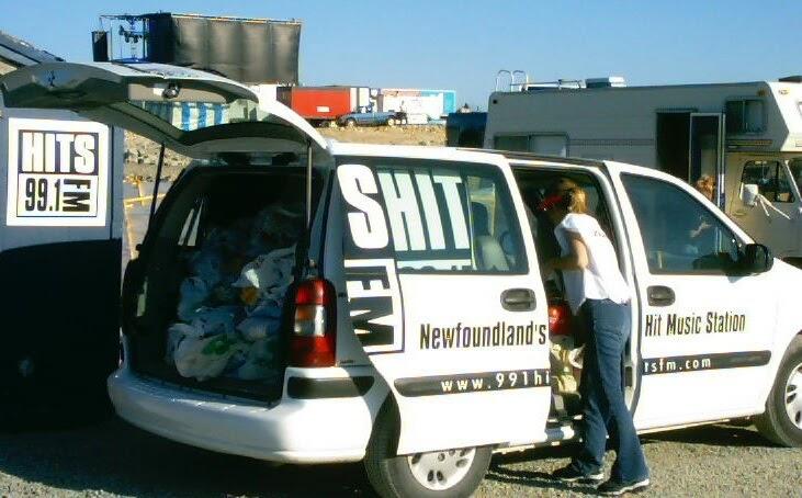 Name:  Hits the van.jpg Views: 286 Size:  86.8 KB